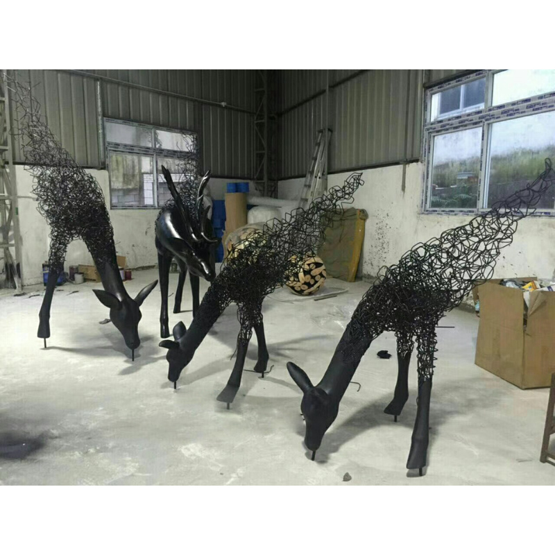 Life size stainless steel deer sculpture for garden decoration
