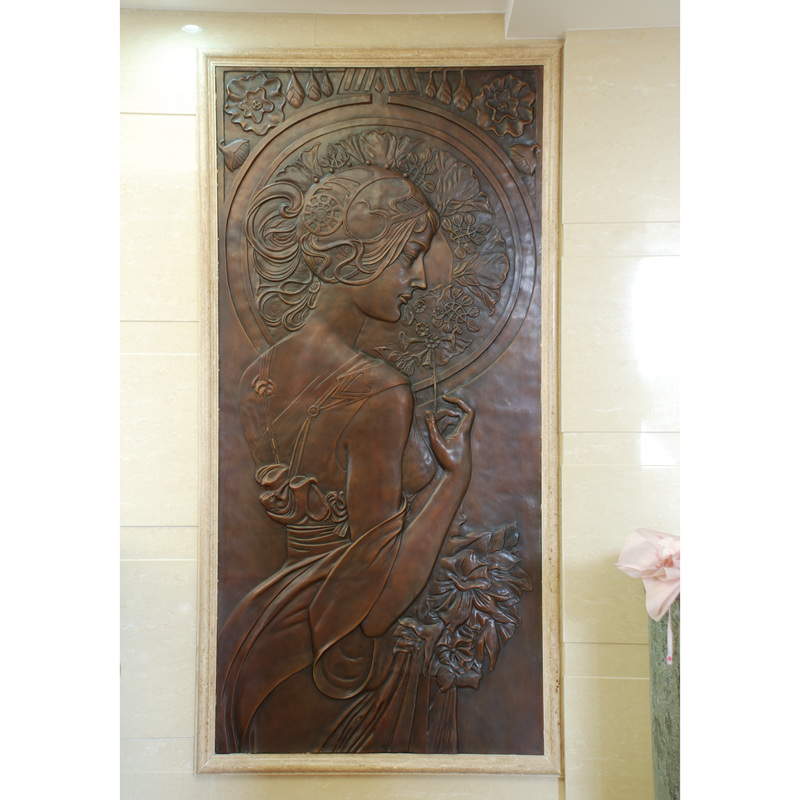 Antique Bronze Relief Woman Landscape Sculpture For Home Ornaments