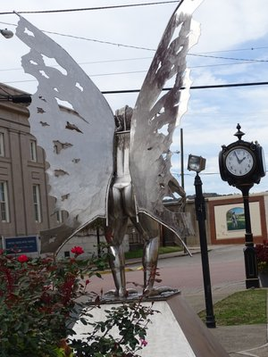 mothman statue back