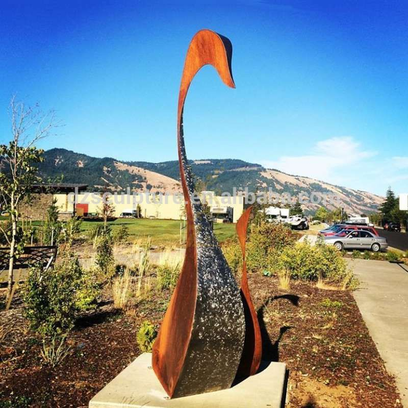 Garden Metal Statue Corten Steel Sculpture