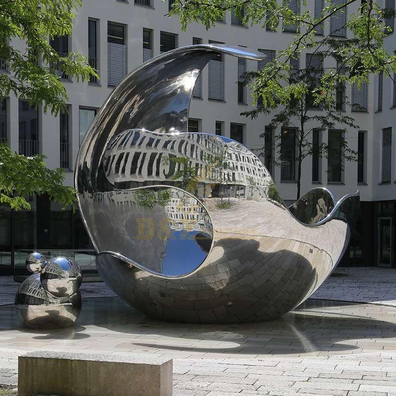 Stainless steel mirror polishing sculpture