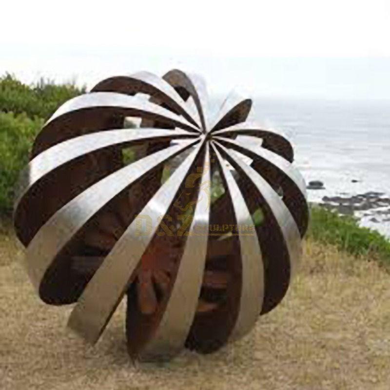 Garden Mirror Polishing Stainless Steel Hollow Ball Sculpture