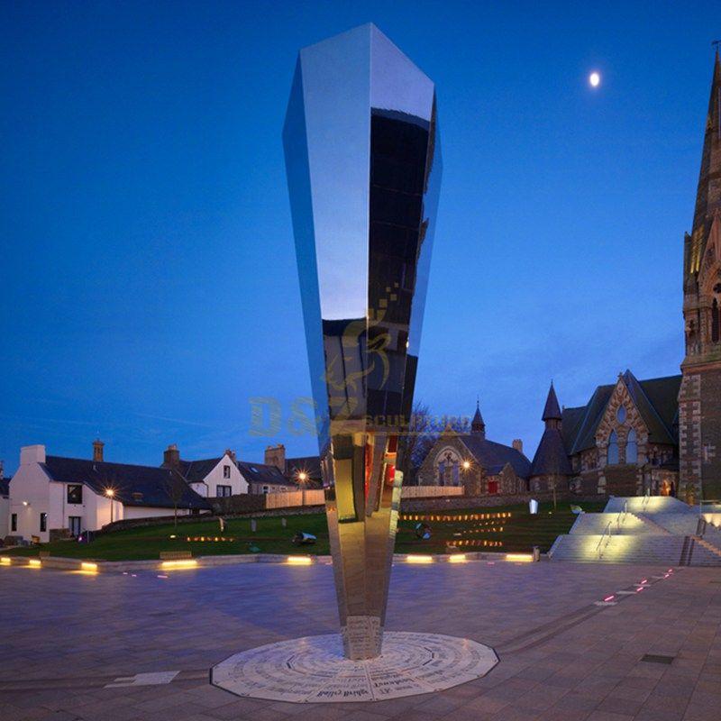 Simple Design Stianless Steel Sculpture Mirror Art Statue