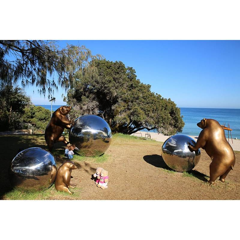 Stainless steel pig and balls sculpture city decoration