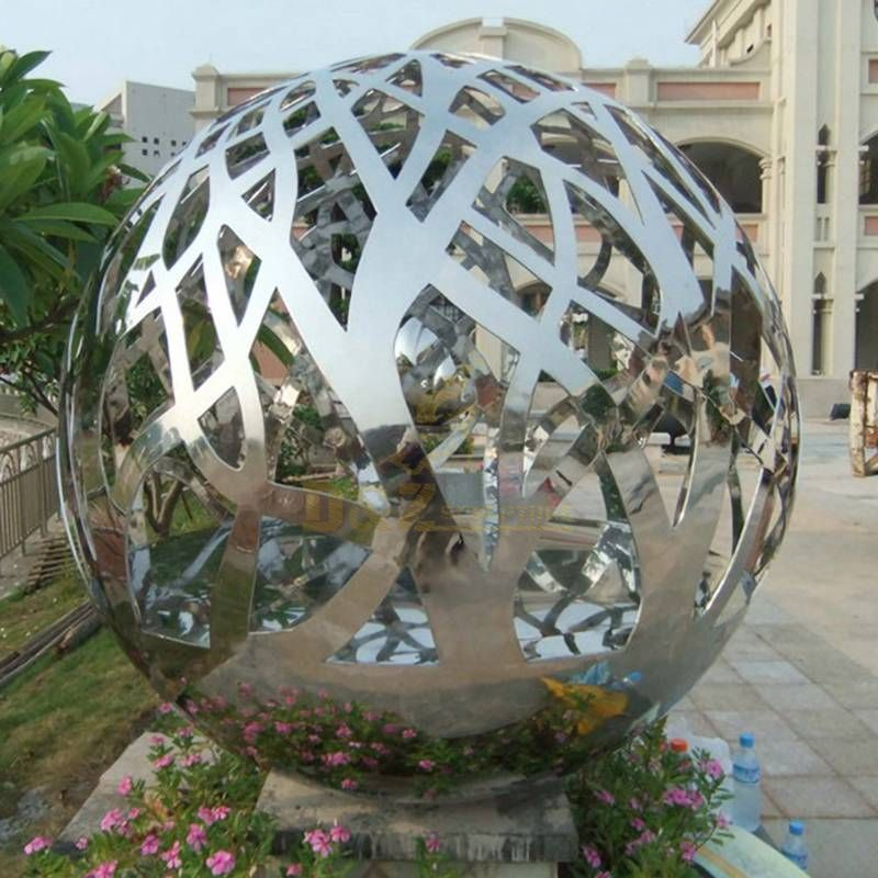 Hollow stainless steel hollow ball fountain sculpture