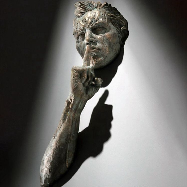 Art for wall Matteo Pugliese sculpture bronze man statue hush