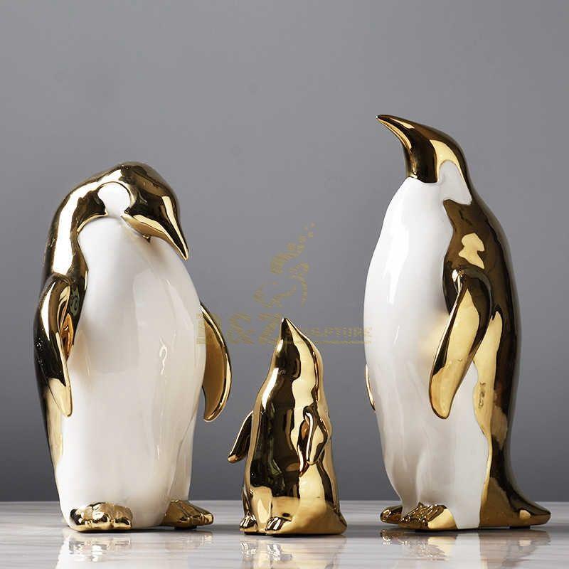 Stainless steel animal sculpture penguin family
