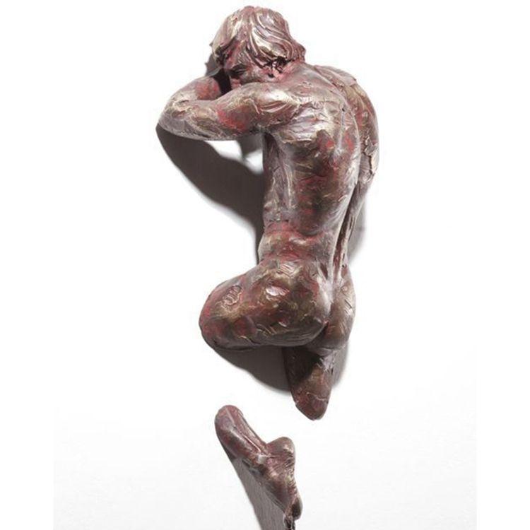 Bronze nude man limb sculpture from Matteo Pugliese