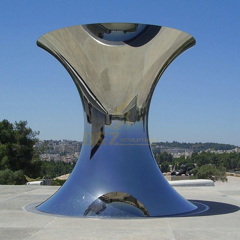 Outdoor Stainless Steel Mirror Sculpture