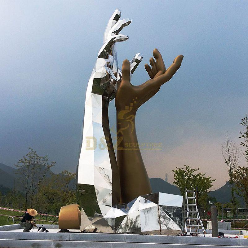 Bronze or stainless steel hand garden decoration sculpture