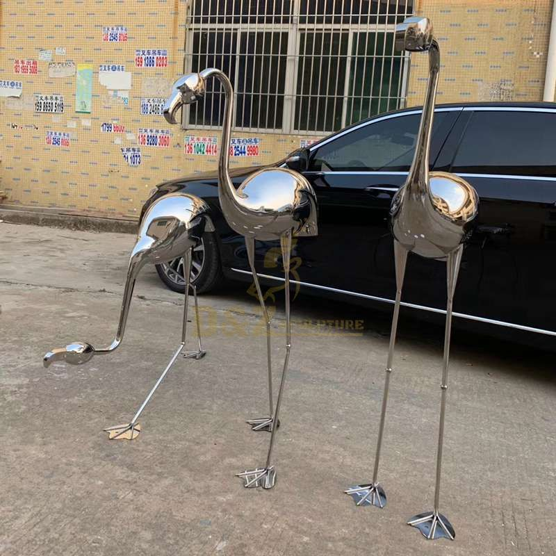 Stainless steel metal crane animal sculptures