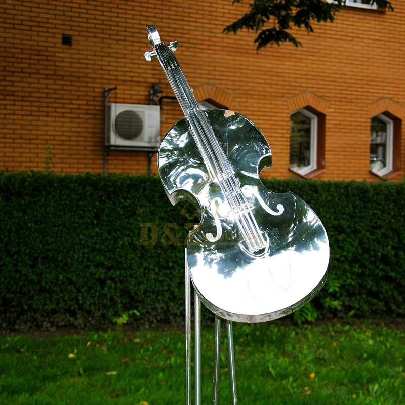 Outdoor smooth stainless steel mirror music violin sculpture