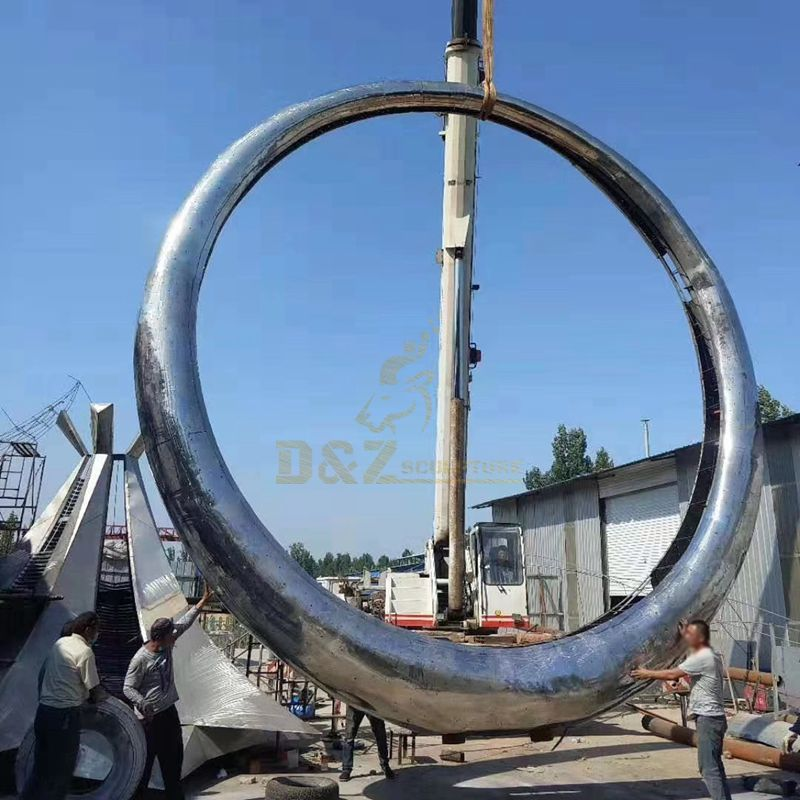 Abstract metal outdoor large round mirror urban decorative sculpture
