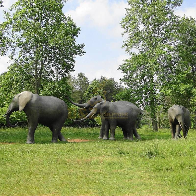 Outdoor elephant herd family outdoor bronze animal sculpture