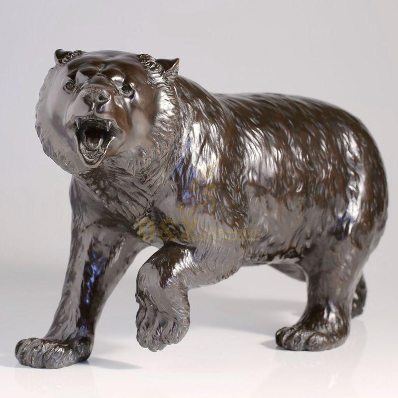 Life size wild bronze animal bronze bear statue for park decoration