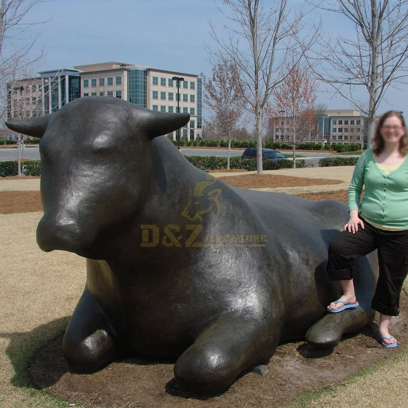 Life Size cast Bronze animal Wall Street bull Statue