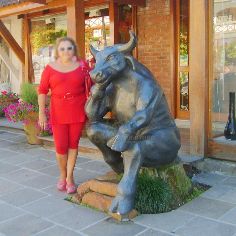 Unique shape outdoor bronze bull sculpture decoration