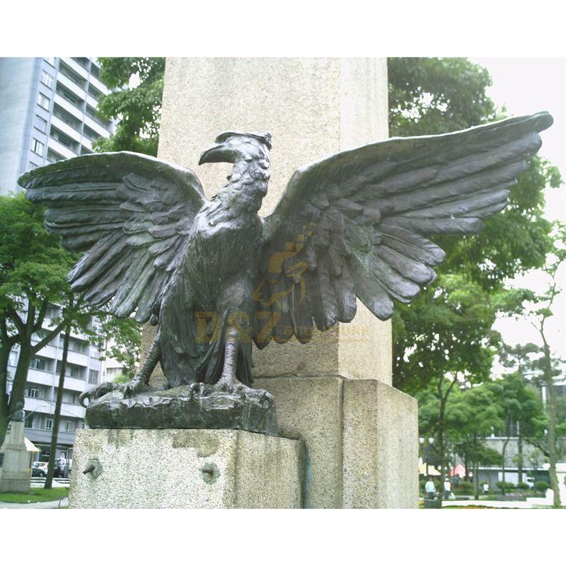 Western outdoor bronze hawk sculpture