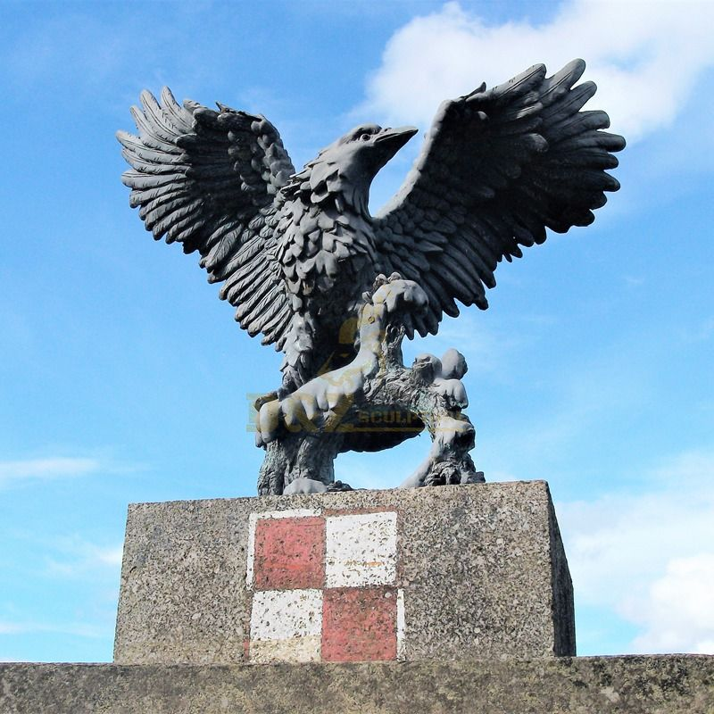 Bronze eagle sculpture flying bird for garden decoration