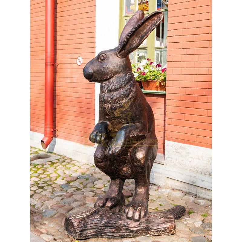 Garden decorative animal rabbit statue