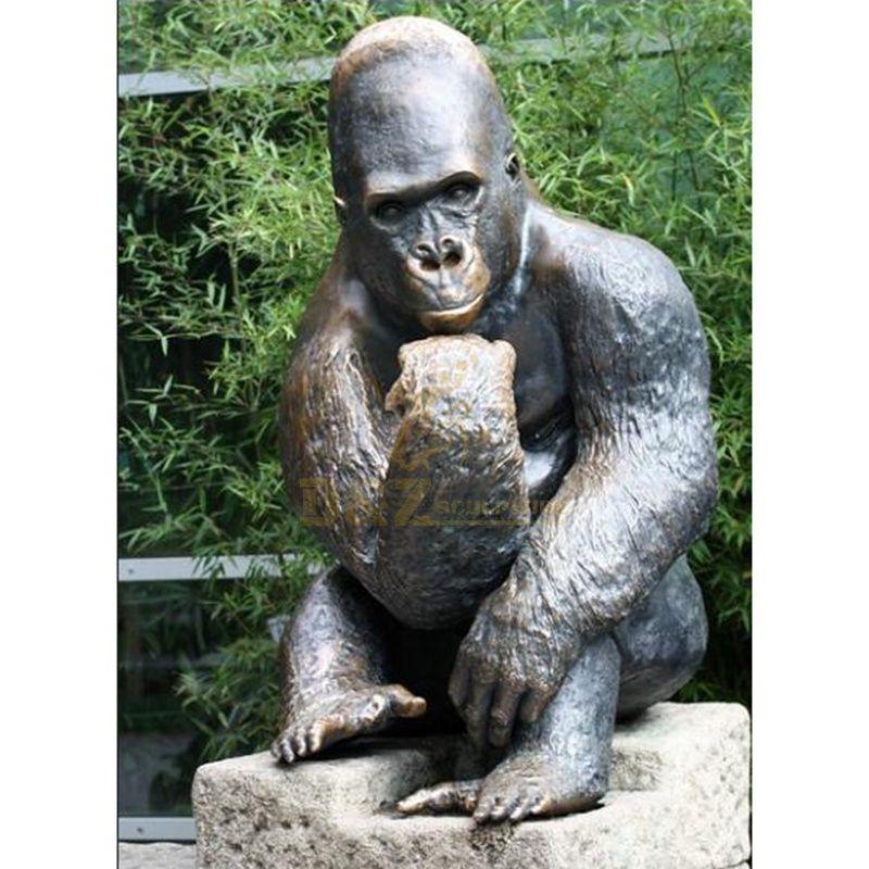 Life Size Gorilla Statue for sale