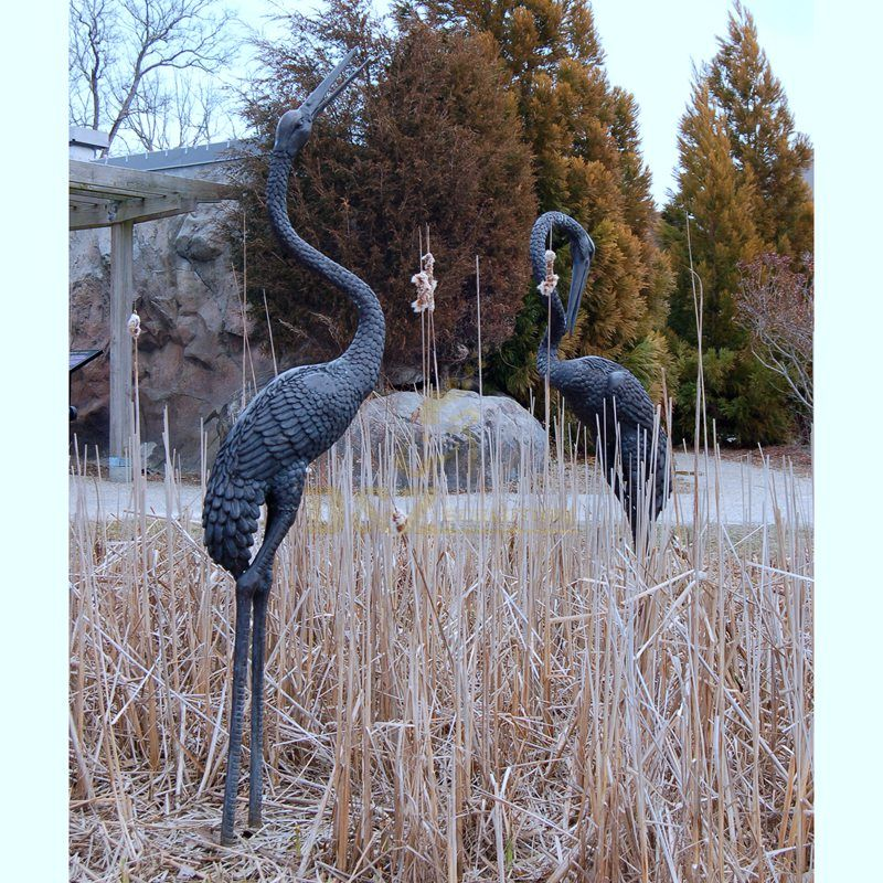 Factory custom Bronze Crane Fountain Sculpture Pair