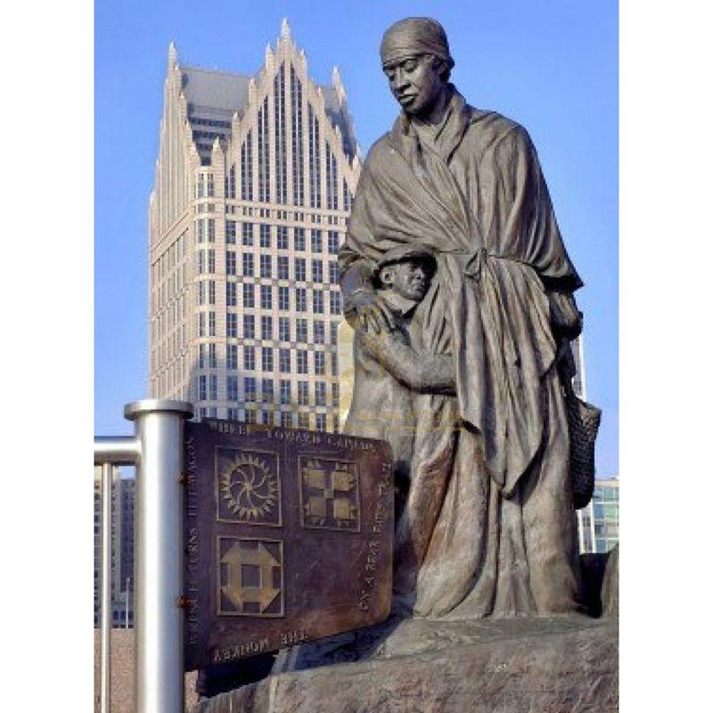 Life size high quality memorial bronze ambedkar statue