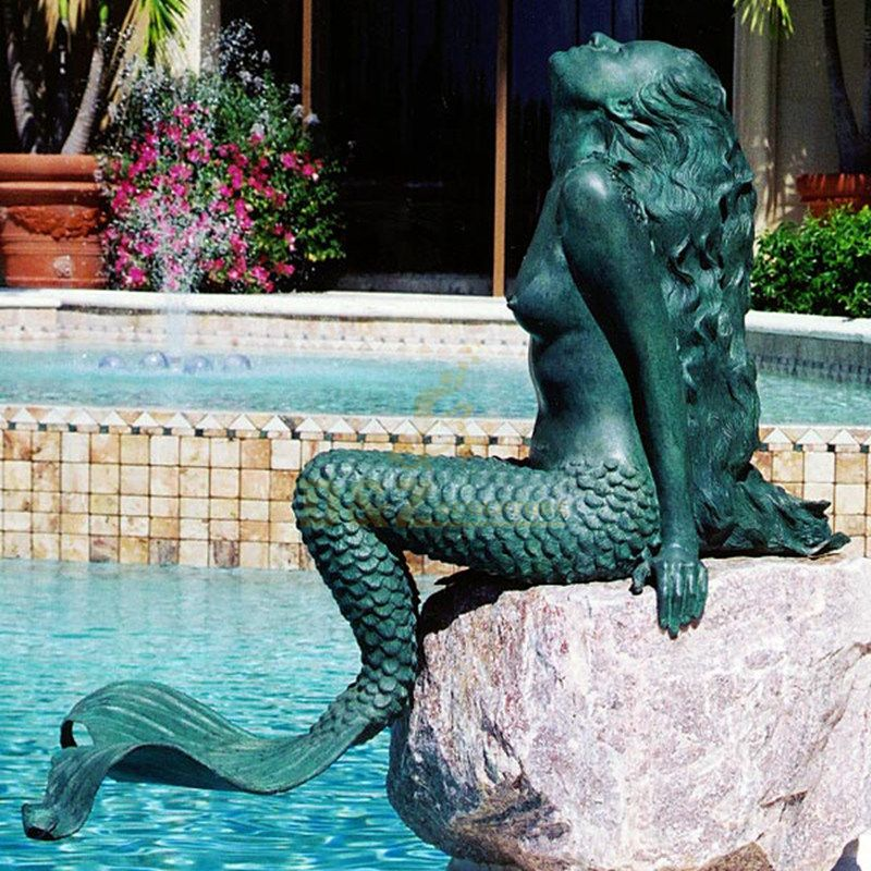 Modern outdoor metal statue bronze mermaid swimming sculpture