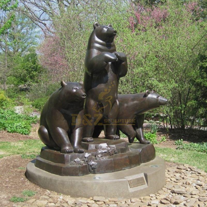 Life size bronze bear garden sculpture animals sculpture