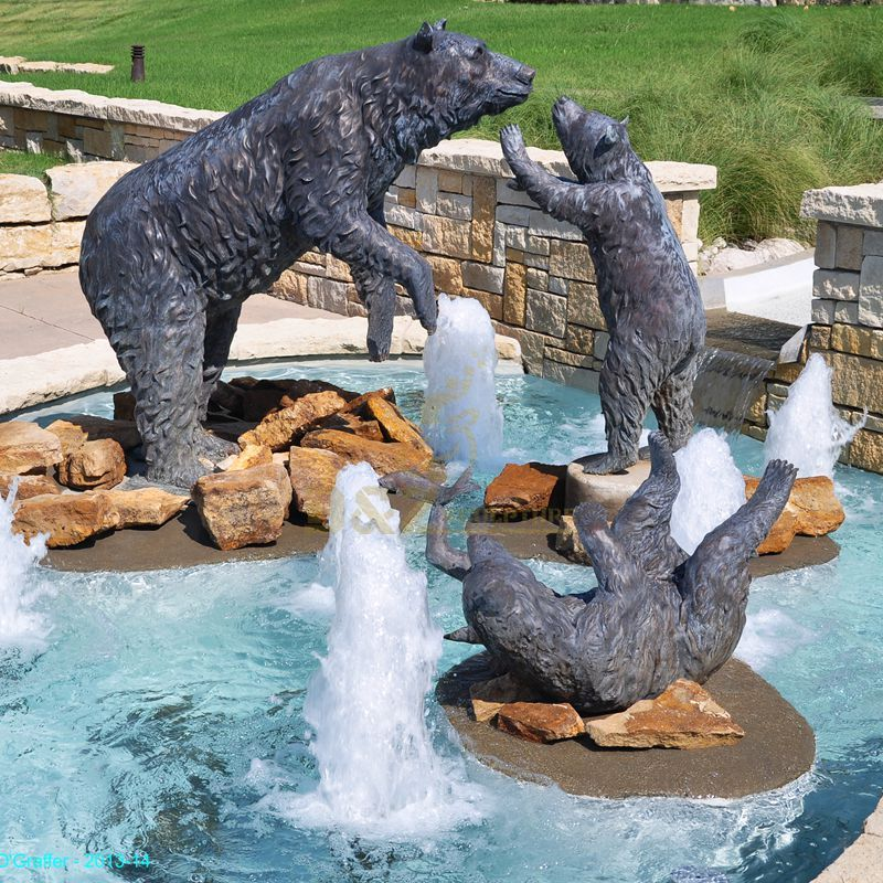 Outdoor bronze animal bear family sculpture
