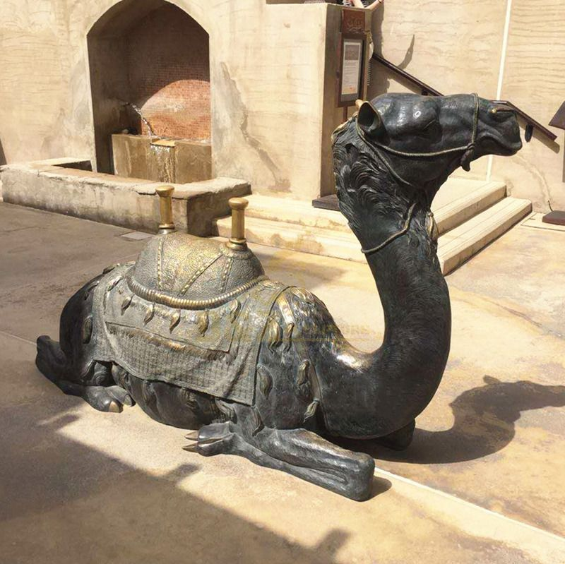 Outdoor Square Decoration Life Size Bronze Camel Sculpture