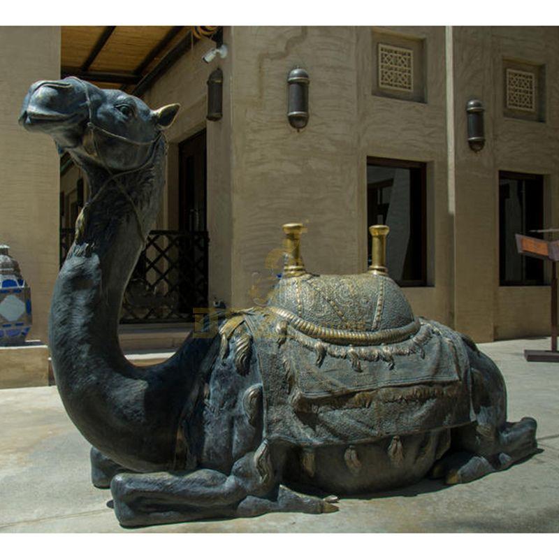 camel sculpture for garden