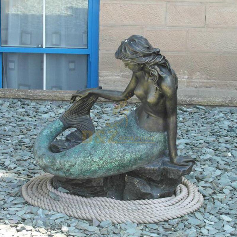 Life Size Bronze Exquisite Mermaid Statue Sitting On Rock Garden For Sale