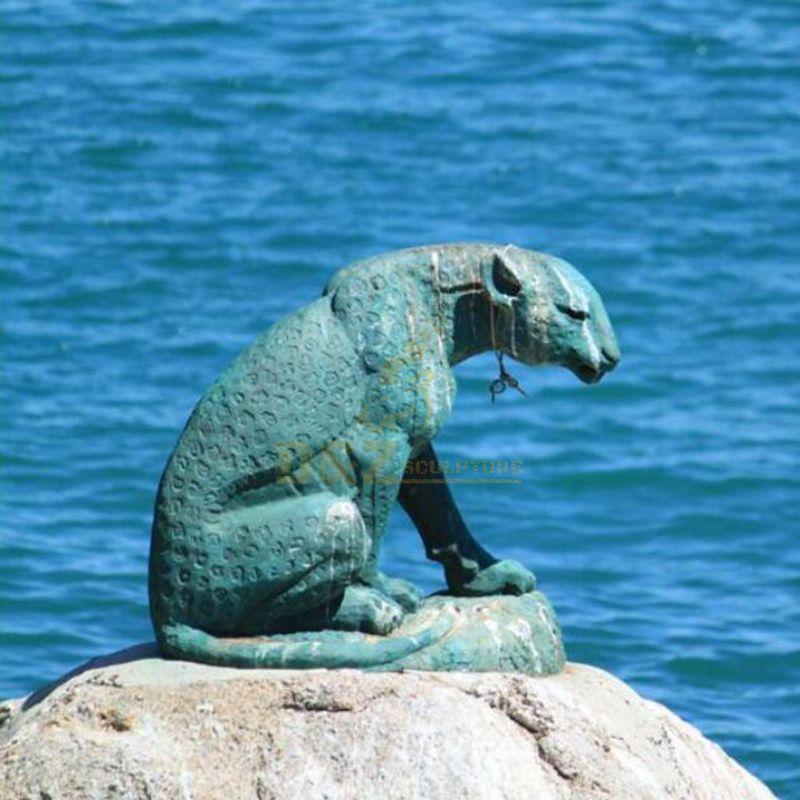 Outdoor bronze leopard sculpture for decoration