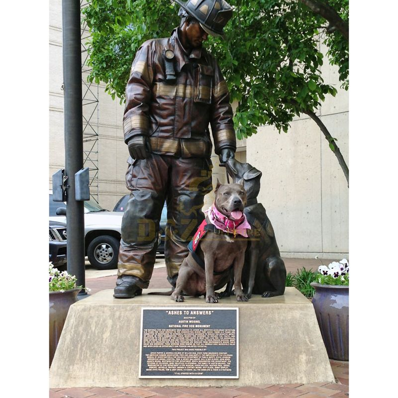 Customized theme sculptures bronze soldier statue with dog