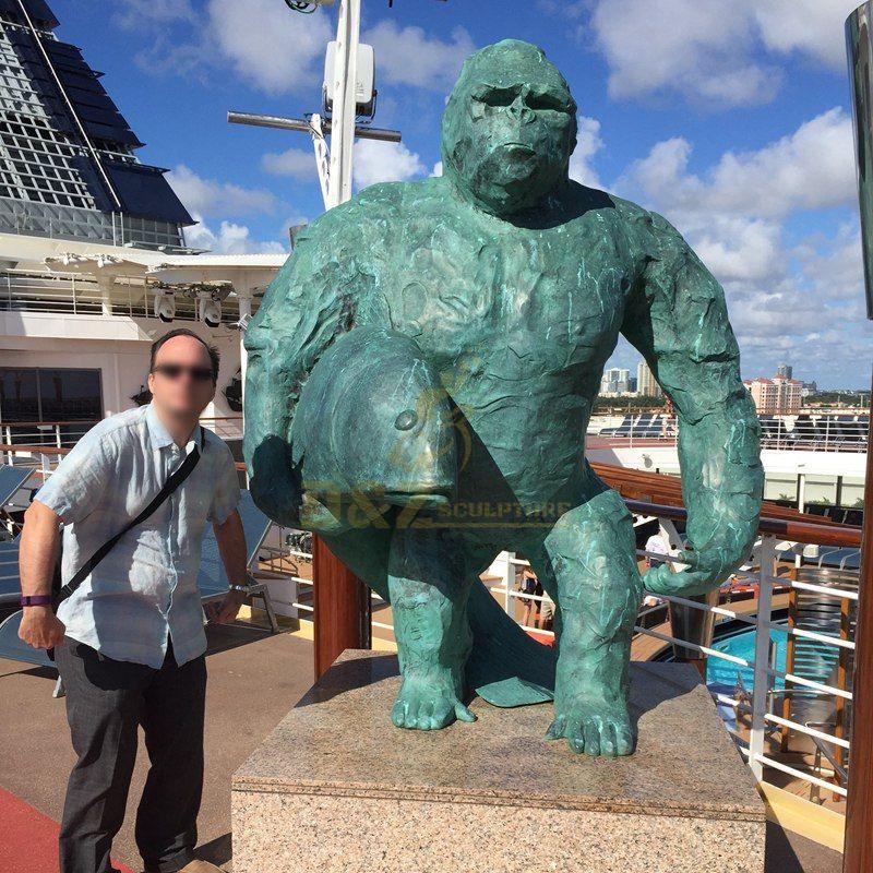 Garden decoration giant gorilla animal bronze sculpture
