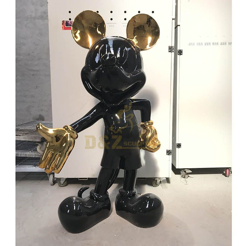 Fiberglass cartoon Animal life-size electroplate Mickey sculpture