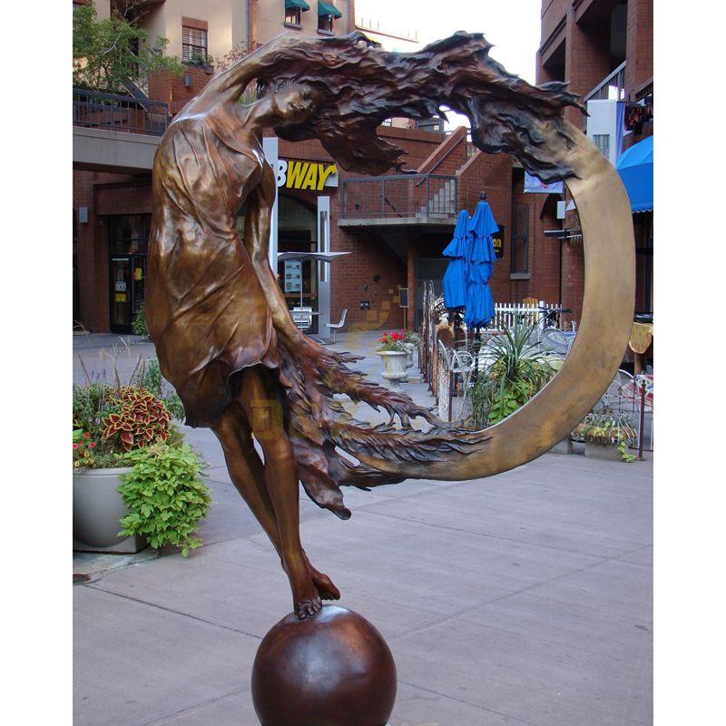 Art Bronze women Metal Sculpture