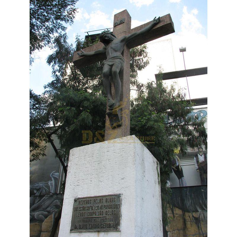 Life Size Bronze Figure Sculpture Religious Jesus On Cross Statue