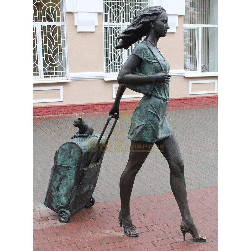 Hot sale business street life size bronze decorative fashion modern woman sculpture