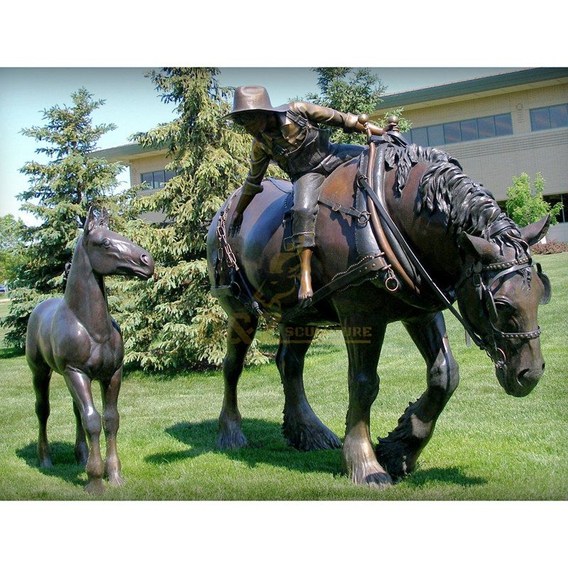Western famous new design huge bronze figure sculpture for public area