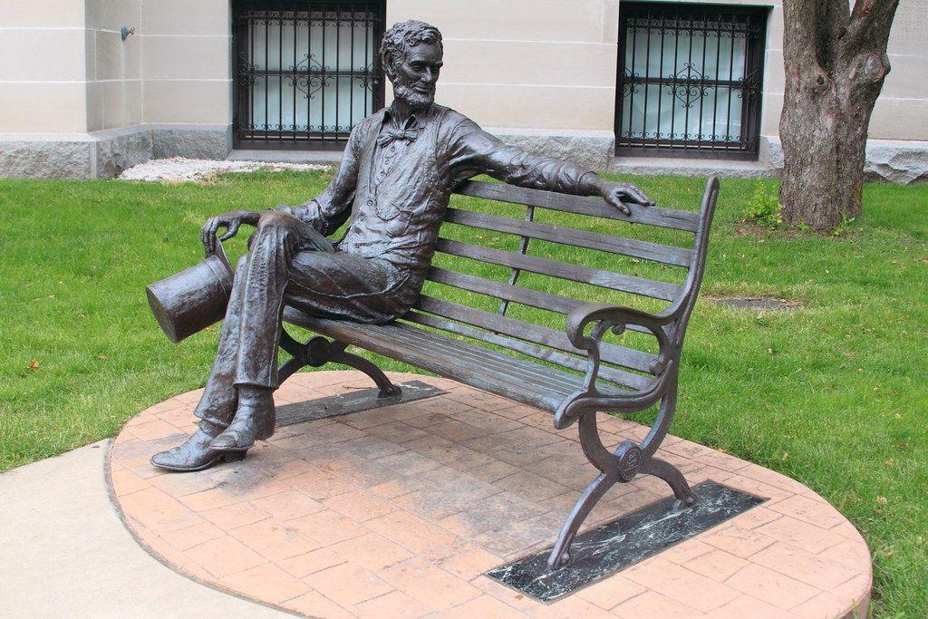 Most Popular Garden Decor metal bronze sculpture Life Size Man sitting in chair statue
