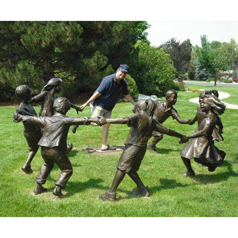 Chinese factory metal bronze children having fun sculptures for sale