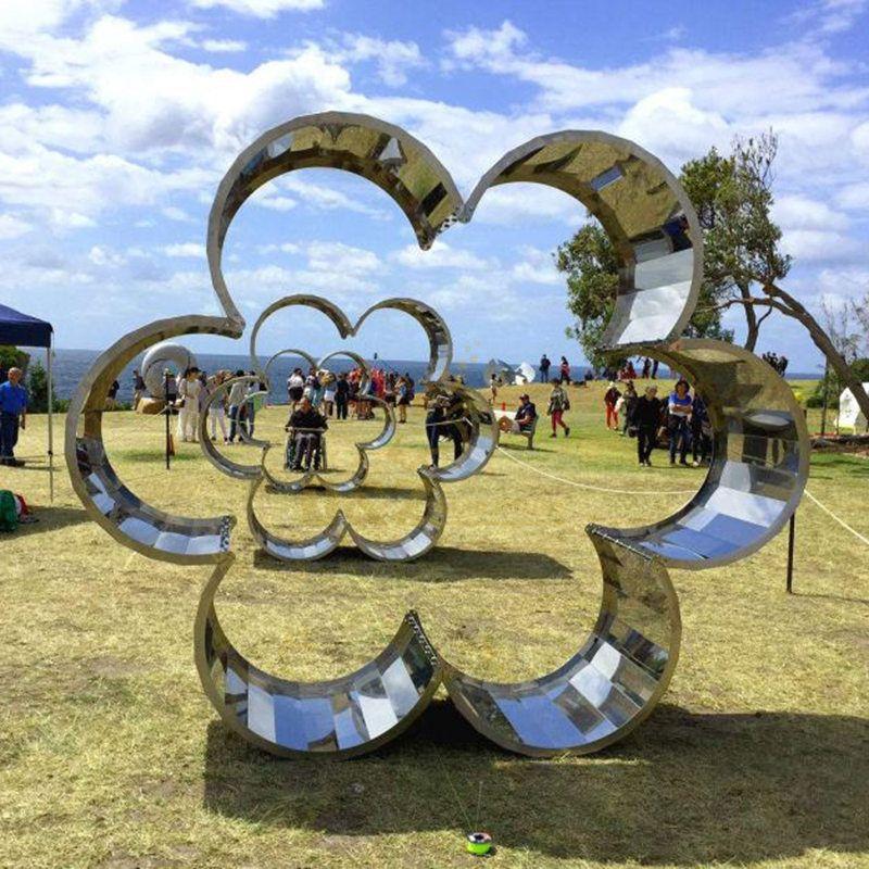 Large Modern Design Stainless Steel Circle Sculpture