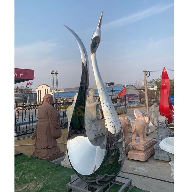 Outdoor Mirrored Swan Abstract Metal Polished Sculpture
