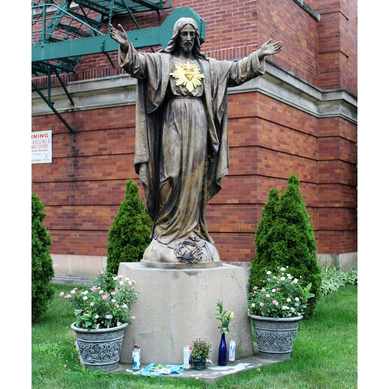 Home Decoration Life Size Bronze Jesus With Sacred Heart Sculpture
