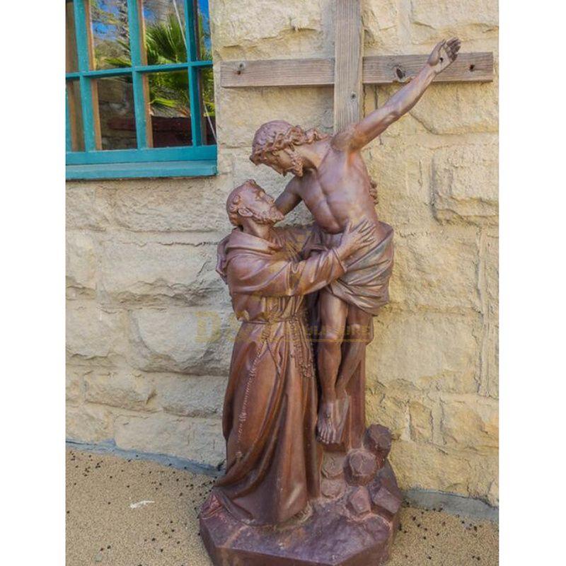 Metal Material Bronze Jesus Statue On The Cross