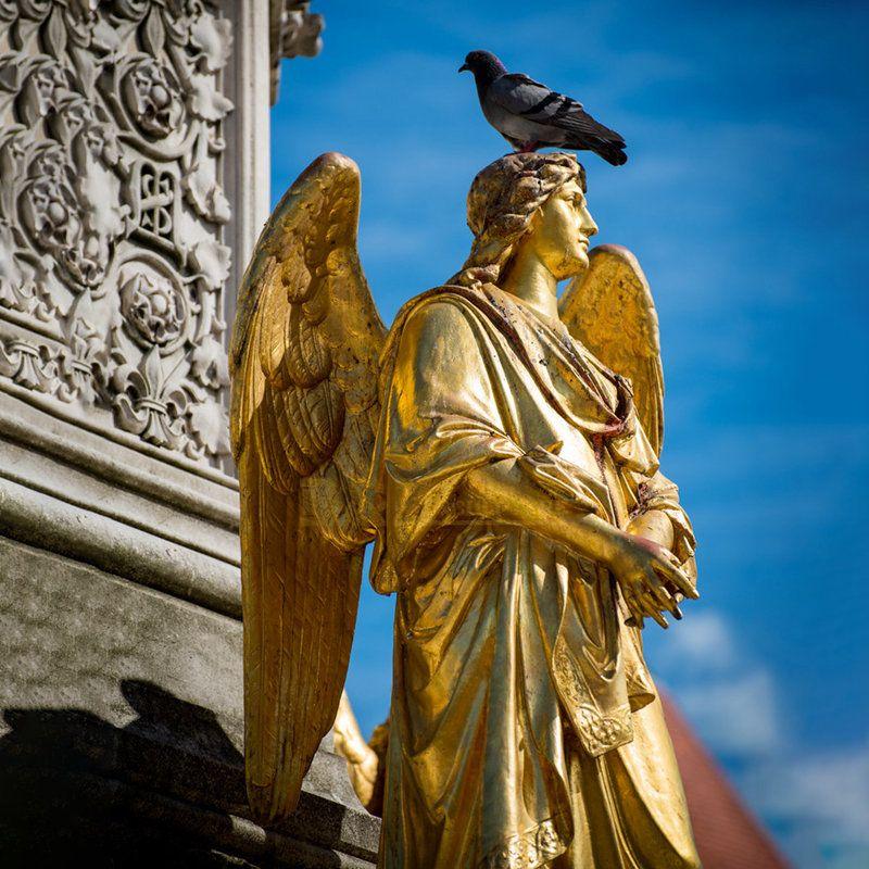 Art Bronze Famous Angel Religious Metal Sculpture