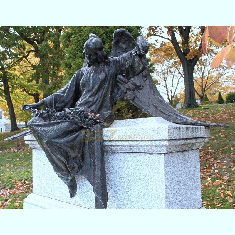 Famous Sitting Angel Statue Antique Bronze Sculptures
