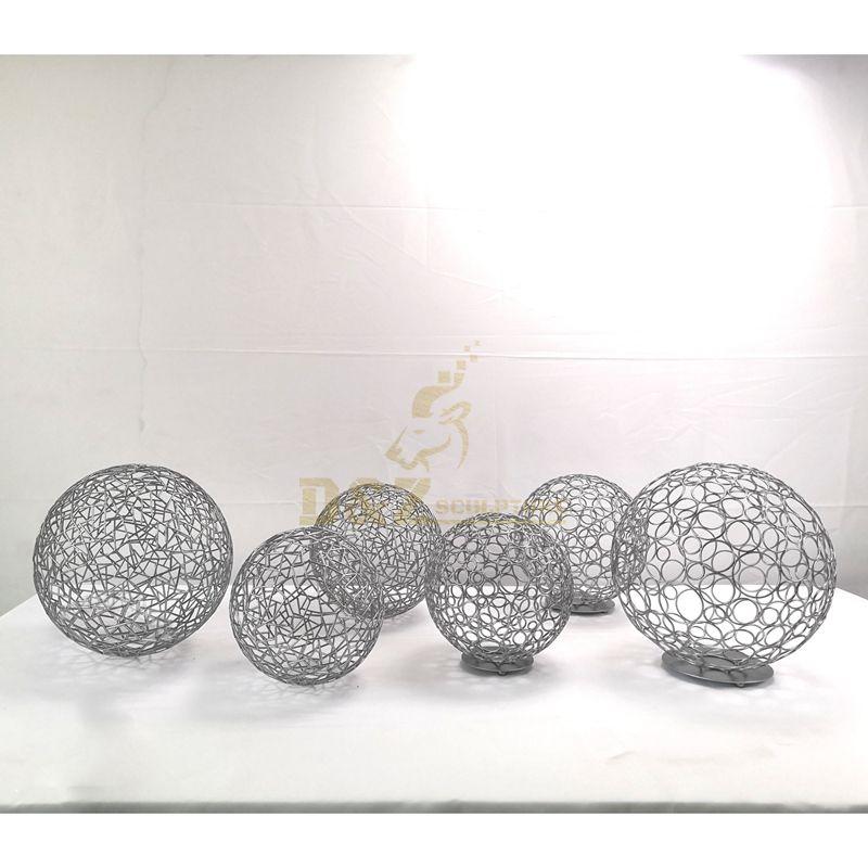 Modern Outdoor Large Stainless Steel Sculpture Hollow Light Ball For Garden